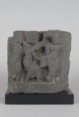 <em>Fragment of a Relief Depicting the Birth of the Buddha</em>, 3rd-4th century. Gray schist, 8 1/2 x 8 1/2 in. (21.6 x 21.6 cm). Brooklyn Museum, Gift of Paul E. Manheim, 67.199.55. Creative Commons-BY (Photo: Brooklyn Museum, 67.199.55_PS5.jpg)