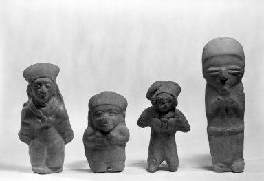 Bahía. <em>Standing Female Figure</em>. Clay Brooklyn Museum, Gift of Mr. and Mrs. Marvin Cassell, 67.206.11. Creative Commons-BY (Photo: , 67.206.5_67.206.6_67.206.11_67.206.1_bw.jpg)