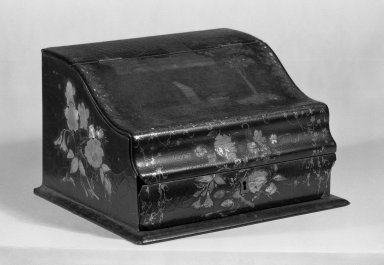 <em>Portable Desk</em>, ca.1855. Lacquered decorated papier-mache, 5 7/8 x 9 7/8 x 8 3/4 in. (14.9 x 25.1 x 22.2 cm). Brooklyn Museum, Gift of Charles R. S. Leckie, 67.56.1. Creative Commons-BY (Photo: Brooklyn Museum, 67.56.1_bw_IMLS.jpg)