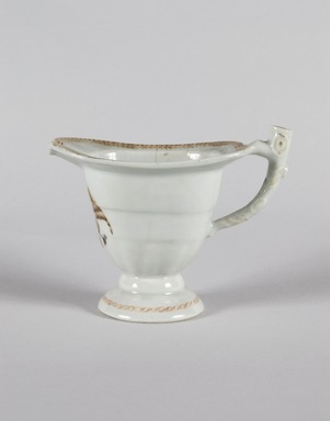 <em>Pitcher</em>, ca. 1800. Chinese export porcelain, 5 1/8 x 3 1/2 x 6 1/2 in. (13 x 8.9 x 16.5 cm). Brooklyn Museum, H. Randolph Lever Fund, 67.77. Creative Commons-BY (Photo: Brooklyn Museum, 67.77_PS5.jpg)