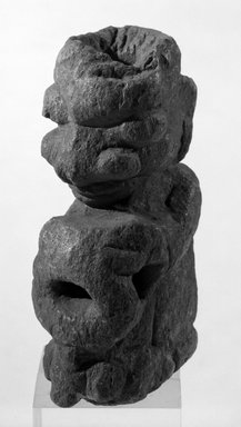 Sapi. <em>Figure of a Standing Male</em>, before 1540. Stone, 7 1/2 x 3 x 3 3/4 in. (19.1 x 7.6 x 9.5 cm). Brooklyn Museum, Gift of William Walters, 68.162. Creative Commons-BY (Photo: Brooklyn Museum, 68.162_bw.jpg)