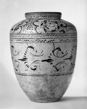 <em>Large Vase</em>, 1279-1644. Clay, stone ware, Cizhou Ware, 24 x 17 13/16 in. (61 x 45.3 cm). Brooklyn Museum, Gift of Mr. and Mrs. Paul E. Manheim, 68.185.4. Creative Commons-BY (Photo: Brooklyn Museum, 68.185.4_bw.jpg)