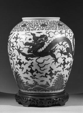<em>Large Jar</em>, 1573-1619. Stoneware with underglaze, H: 21 1/8 (53.7 cm); Diam (at rim) 10 3/4 in. (27.3 cm). Brooklyn Museum, Gift of Herman H. Kahn, 68.204.2. Creative Commons-BY (Photo: Brooklyn Museum, 68.204.2_acetate_bw.jpg)