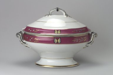 Union Porcelain Works (1863-ca. 1922). <em>Soup Tureen with Cover</em>, ca. 1879. Porcelain, 9 9/16 x 13 5/8 x 8 1/8 in. (24.3 x 34.6 x 20.6 cm). Brooklyn Museum, Gift of Franklin Chace, 68.87.25a-b. Creative Commons-BY (Photo: Brooklyn Museum, 68.87.25a-b.jpg)