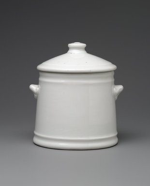 Union Porcelain Works (1863-ca. 1922). <em>Sugar Bowl and Cover</em>, ca. 1876. Porcelain, 4 1/8 x 3 3/4 x 3 1/2 in. (10.5 x 9.5 x 8.9 cm). Brooklyn Museum, Gift of Franklin Chace, 68.87.35a-b. Creative Commons-BY (Photo: Brooklyn Museum, 68.87.35a-b_PS6.jpg)
