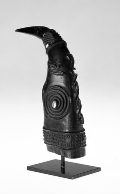 Kuba (Bushoong subgroup). <em>Horn for Palm Wine</em>, late 19th or early 20th century. Wood, shell, 9 1/2 x 12 in. (23.5 x 30.5 cm). Brooklyn Museum, Gift of Merton D. Simpson to the Jennie Simpson Educational Collection of African Art, 69.133.7. Creative Commons-BY (Photo: Brooklyn Museum, 69.133.7_bw.jpg)