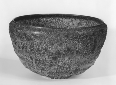 Otto Natzler (American, born Vienna, Austria, 1908-2007). <em>Bowl</em>, ca. 1955. Glazed earthenware, 5 3/4 x 9 5/8 x 9 5/8 in. (14.6 x 24.4 x 24.4 cm). Brooklyn Museum, Gift of Raymond Worgelt, 70.24.3. Creative Commons-BY (Photo: Brooklyn Museum, 70.24.3_bw.jpg)