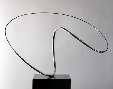 Jose de Rivera (American, 1904-1985). <em>Construction No. 132</em>, 1971. Polished stainless steel on motorized base, 16 1/2 x 27 x 17 in. (41.9 x 68.6 x 43.2 cm). Brooklyn Museum, Purchased with funds from the National Endowment for the Arts and Dick S. Ramsay Fund, 71.125. © artist or artist's estate (Photo: Brooklyn Museum, 71.125_bw.jpg)