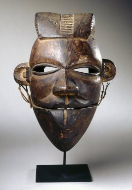 Ogoni. <em>Elu Mask with Hinged Jaw</em>, early 20th century. Wood, fiber, 7 7/8 x 5 7/8 x 4 3/4 in. (20 x 15 x 12 cm). Brooklyn Museum, Gift of Dr. and Mrs. Milton Gross, 71.126. Creative Commons-BY (Photo: Brooklyn Museum, 71.126_front_SL1.jpg)