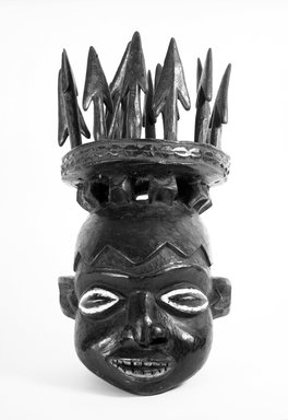 Kom. <em>Helmet Mask</em>, early 20th century. Wood, pigment, 23 3/4 x 11 1/2 x 11 in. (60.3 x 29.2 x 27.9 cm). Brooklyn Museum, Gift of Mr. and Mrs. Joseph Gerofsky, 71.175.6a-n. Creative Commons-BY (Photo: Brooklyn Museum, 71.175.6a-n_front_bw.jpg)
