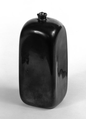 Cappelin. <em>One of Two Square Bottles in Art Deco Style</em>, ca. 1930. Irridescent glass, H: 4 7/8 in. (12.4 cm). Brooklyn Museum, Gift of Eliane Vinci Leoni-Corradini, 72.126.2. Creative Commons-BY (Photo: Brooklyn Museum, 72.126.2_bw.jpg)