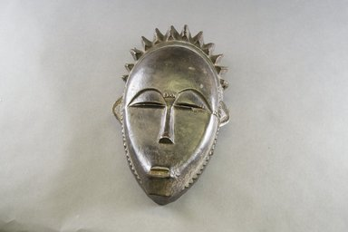 Yohure. <em>Mask</em>, late 19th-early 20th century. Wood, 10 3/4 in. (27.3 cm). Brooklyn Museum, Gift of Dr. and Mrs. Werner Muensterberger, 72.140. Creative Commons-BY (Photo: Brooklyn Museum, 72.140_front_PS5.jpg)