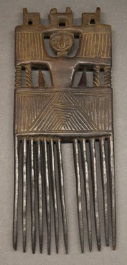 Asante. <em>Comb</em>, early 20th century. Wood, 10 3/4 x 4 1/4 in. (27.5 x 11 cm). Brooklyn Museum, Gift of Merton D. Simpson to the Jennie Simpson Educational Collection of African Art, 72.175.6. Creative Commons-BY (Photo: Brooklyn Museum, 72.175.6_PS10.jpg)