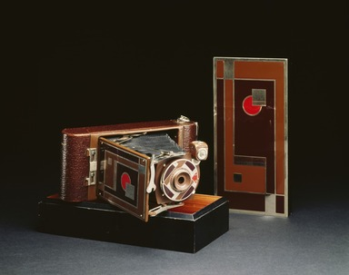 Ingraham Company. <em>Camera, No. 1A Gift Kodak</em>, ca.1930. Metal, leather, In upright, closed position (handle at top, bellows collapsed): 8 1/4 x 3 5/8 x 1 5/8 in. (21 x 9.2 x 4.1 cm). Brooklyn Museum, H. Randolph Lever Fund, 72.18a. Creative Commons-BY (Photo: , 72.18a_SL3.jpg)
