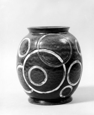 Cowan Pottery. <em>Vase</em>, ca. 1930. Earthenware, lead-glaze, 7 7/8 x 7 1/8 x 7 1/8 in. (20 x 18.1 x 18.1 cm). Brooklyn Museum, H. Randolph Lever Fund, 72.40.25. Creative Commons-BY (Photo: Brooklyn Museum, 72.40.25_bw.jpg)