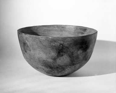 Diaguita. <em>Bowl</em>. Clay Brooklyn Museum, Gift of Alastair Bradley Martin, by exchange, 72.51. Creative Commons-BY (Photo: Brooklyn Museum, 72.51_bw.jpg)