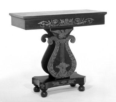 William Pringle. <em>Console Table</em>, ca. 1821. Poplar, mahogany graining with gilt, 38 1/4 x 42 x 19 1/2 in. (97.2 x 106.7 x 49.5 cm). Brooklyn Museum, H. Randolph Lever Fund, 73.14.1. Creative Commons-BY (Photo: Brooklyn Museum, 73.14.1_bw.jpg)