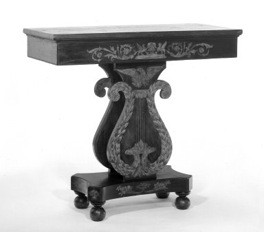 William Pringle. <em>Console Table</em>, ca 1821. Poplar, mahogany graining with gilt, 38 1/4 x 42 x 19 1/2 in. (97.2 x 106.7 x 49.5 cm). Brooklyn Museum, H. Randolph Lever Fund, 73.14.2. Creative Commons-BY (Photo: Brooklyn Museum, 73.14.2_bw.jpg)