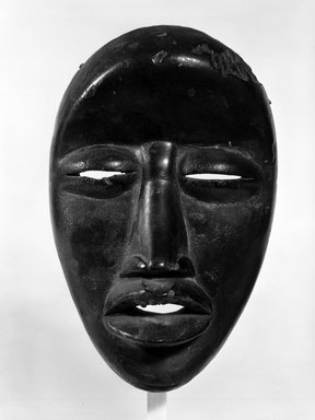 We. <em>Mask</em>, late 19th-early 20th century. Wood, 9 1/2 x 6 1/2 x 3 1/2 in. (24.1 x 16.5 x 8.9 cm). Brooklyn Museum, Gift of Gaston T. de Havenon, 73.179.10. Creative Commons-BY (Photo: Brooklyn Museum, 73.179.10_bw.jpg)
