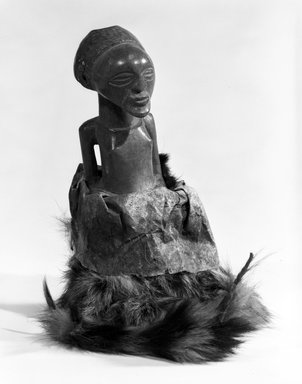 Songye. <em>Power Figure (Nkishi)</em>, late 19th or early 20th century. Wood, fur, hide, h: 7 3/4 in. (19.8 cm). Brooklyn Museum, Gift of Gaston T. de Havenon, 73.179.8. Creative Commons-BY (Photo: Brooklyn Museum, 73.179.8_bw.jpg)