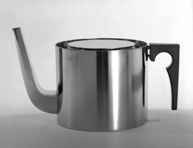 Arne Jacobsen (Danish, 1902-1971). <em>Teapot and Lid</em>, ca. 1970. Brushed stainless steel, 5 5/16 x 5 1/8 x 5 1/8 in. (13.5 x 13 x 13 cm). Brooklyn Museum, Gift of Bonniers, Incorporated, 74.192.8a-b. Creative Commons-BY (Photo: Brooklyn Museum, 74.192.8a-b_bw.jpg)