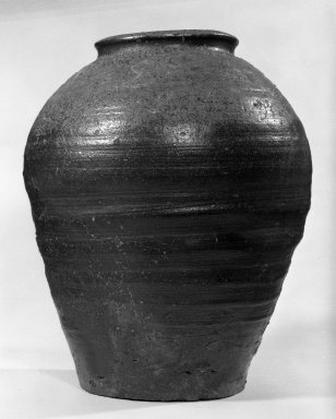<em>Storage Jar</em>, 15th-16th century. Glazed stoneware, Bizen ware, 12 x 9 3/4 in. (30.5 x 24.8 cm). Brooklyn Museum, Designated Purchase Fund, 74.58a-b. Creative Commons-BY (Photo: Brooklyn Museum, 74.58a_bw.jpg)