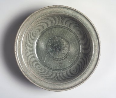 <em>Bowl</em>, 15th century. Sawankhalok celadon, Diam.: 9 3/4 in. (24.8 cm). Brooklyn Museum, By exchange, 74.59.1. Creative Commons-BY (Photo: Brooklyn Museum, 74.59.1_transp6288.jpg)