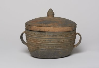 <em>Container with Lid</em>, 5th century. Stoneware, Height: 6 7/8 in. (17.5 cm). Brooklyn Museum, Gift of Nathan Hammer, 74.61.7a-b. Creative Commons-BY (Photo: , 74.61.7a-b_PS11.jpg)