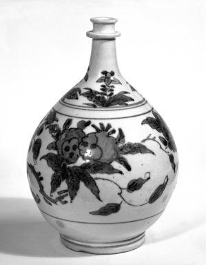 <em>Bottle</em>, 17th century. Porcelain with blue underglaze, Ko-imari ware, 9 1/4 x 6 in. (23.5 x 15.2 cm). Brooklyn Museum, By exchange, 74.8.2. Creative Commons-BY (Photo: Brooklyn Museum, 74.8.2_bw.jpg)