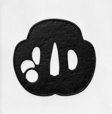 <em>Sword Guard</em>, 17th century (possibly). Iron, 2 9/16 x 2 13/16 in. (6.5 x 7.1 cm). Brooklyn Museum, By exchange, 74.95. Creative Commons-BY (Photo: Brooklyn Museum, 74.95_side1_bw.jpg)