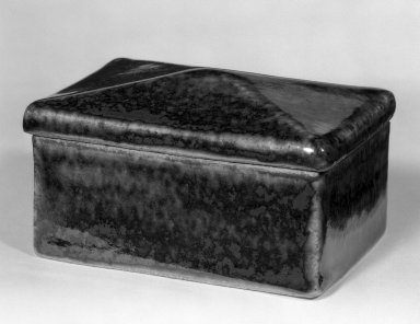 Kawai Kanjiro (Japanese, 1890-1966). <em>Covered Box</em>, ca. 1950. Glazed stoneware, 2 1/2 x 3 1/4 x 2 3/4 in. (6.4 x 8.3 x 7 cm). Brooklyn Museum, Gift of Dr. Herbert Meadow, 75.120.3. Creative Commons-BY (Photo: Brooklyn Museum, 75.120.3_bw.jpg)