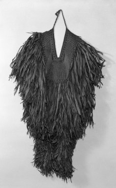 <em>Mino (Straw Rain Cape)</em>, 19th century. Grass leaves or Okkagawa Bark, 54 x 49 in. (137.2 x 124.5 cm). Brooklyn Museum, Gift of Mr. and Mrs. Theodore S. Heineken, 75.171. Creative Commons-BY (Photo: Brooklyn Museum, 75.171_front_bw.jpg)