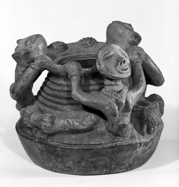 Akan. <em>Urn</em>, late 19th or early 20th century. Terracotta, 10 1/2 x 11 in. (26.7 x 28.0 cm). Brooklyn Museum, Gift of Marcia and John Friede, 75.82.1. Creative Commons-BY (Photo: Brooklyn Museum, 75.82.1_bw.jpg)