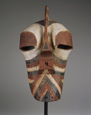 Songye. <em>Mask (Kifwebe)</em>, late 19th or early 20th century. Wood, pigment, 19 x 11 1/2 x 11 1/2 in. (48.3 x 29.2 x 29.2 cm). Brooklyn Museum, Gift of Rosemary and George Lois, 76.165. Creative Commons-BY (Photo: Brooklyn Museum, 76.165_view2_SL4.jpg)