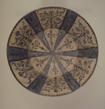 <em>Bowl</em>, 13th century. Ceramic, 5 1/8 x 11 in. (13 x 27.9 cm). Brooklyn Museum, Gift of Dr. Virgil H. Bird, 76.174. Creative Commons-BY (Photo: Brooklyn Museum, 76.174.jpg)