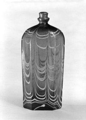 <em>Bottle and Top</em>, 18th century (possibly). Glass, Pewter, Other: 2 1/2 x 1 5/8 in. (6.4 x 4.1 cm). Brooklyn Museum, The C. Helme and Alice B. Strater Collection, Gift of C. Helme Strater, Jr., John B. Strater, and Margaret S. Robinson, 76.34.14a-b. Creative Commons-BY (Photo: Brooklyn Museum, 76.34.14a-b_bw.jpg)