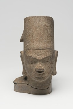 <em>Head of Vishnu</em>, 7th century. Sandstone, 5 7/8 x 2 15/16 in. (14.9 x 7.5 cm). Brooklyn Museum, Gift of Mrs. Henry L. Moses, 76.44. Creative Commons-BY (Photo: Brooklyn Museum, 76.44_overall_PS11.jpg)