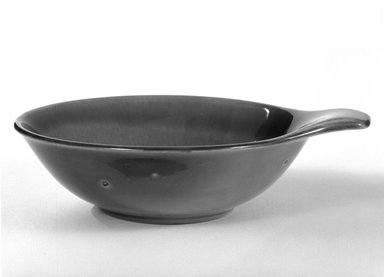 Russel Wright (American, 1904-1976). <em>Bowl</em>, designed 1937-ca. 1938. Glazed earthenware, 1 3/4 x 6 1/8 in. (4.4 x 15.6 cm). Brooklyn Museum, Gift of Russel Wright, 76.99.26. Creative Commons-BY (Photo: Brooklyn Museum, 76.99.26_bw.jpg)
