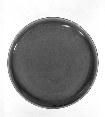 Russel Wright (American, 1904-1976). <em>Plate</em>, designed 1937-ca. 1938. Glazed earthenware, 8 in. (20.3 cm). Brooklyn Museum, Gift of Russel Wright, 76.99.28. Creative Commons-BY (Photo: Brooklyn Museum, 76.99.28_bw.jpg)