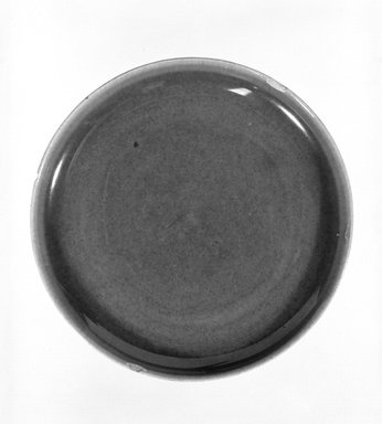 Russel Wright (American, 1904-1976). <em>Plate</em>, designed 1937-ca 1938. Glazed earthenware, 6 in. (15.2 cm). Brooklyn Museum, Gift of Russel Wright, 76.99.29. Creative Commons-BY (Photo: Brooklyn Museum, 76.99.29_bw.jpg)
