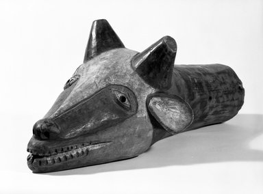 Yaka. <em>Head of Water Buffalo</em>, early 20th century. Wood, pigment, 10 x 9 1/2 x 23 1/4 in. (25.8 x 25.0 x 59.0 cm). Brooklyn Museum, Gift of the Edwards-Britt Collection, 77.242. Creative Commons-BY (Photo: Brooklyn Museum, 77.242_bw.jpg)