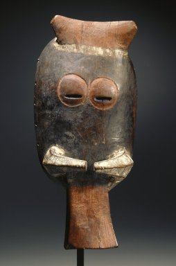 Do. <em>Leu (Warthog) Mask</em>, early 20th century. Polychrome wood, surface applied materials, paint, H: 12 1/4 in. (31.1 cm). Brooklyn Museum, Gift of Marcia and John Friede, 77.243.2. Creative Commons-BY (Photo: Brooklyn Museum, 77.243.2_SL1.jpg)