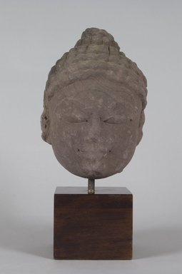 <em>Head of a Jina</em>, 10th-11th century. Sandstone, 8 3/4 x 5 3/4 in. (22.2 x 14.6 cm). Brooklyn Museum, Gift of Emily Manheim Goldman, 77.259.5. Creative Commons-BY (Photo: Brooklyn Museum, 77.259.5_PS5.jpg)