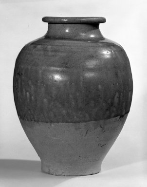 <em>Jar</em>, 581-618. Yue ware, stoneware, glaze