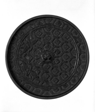 <em>Mirror</em>, 15th century. Cast bronze, 1/4 x 3 1/2 in. (0.7 x 8.9 cm). Brooklyn Museum, Designated Purchase Fund, 77.55.1. Creative Commons-BY (Photo: Brooklyn Museum, 77.55.1_bw.jpg)