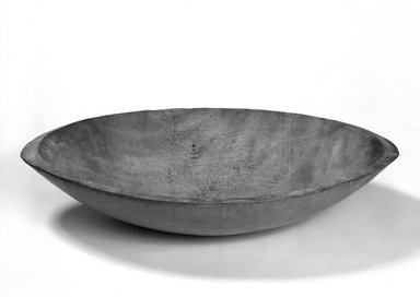 Shaker Community. <em>Butter bowl</em>, 1820-1865. Wood, 4 3/4 x 23 7/8 x 13 5/8 in. (12.1 x 60.6 x 34.6 cm). Brooklyn Museum, Gift of Mrs. Oscar Bernstien, 77.84.9. Creative Commons-BY (Photo: Brooklyn Museum, 77.84.9_bw.jpg)