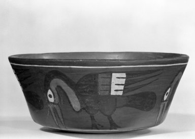 Nazca. <em>Bowl</em>. Ceramic, pigment, 3 x 6 15/16 x 6 13/16 in. (7.6 x 17.6 x 17.3 cm). Brooklyn Museum, Gift of Mr. and Mrs. Paul B. Taylor, 78.118.36. Creative Commons-BY (Photo: Brooklyn Museum, 78.118.36_bw.jpg)