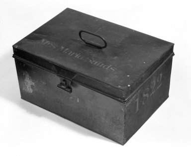 American. <em>Box with Hinged Lid</em>, 1822. Metal, H: 8 1/4 in. (21 cm). Brooklyn Museum, Gift of Thomas M. Forsyth, Jr., 78.186. Creative Commons-BY (Photo: Brooklyn Museum, 78.186_bw.jpg)