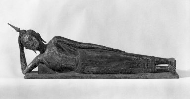<em>Reclining Buddha</em>, late 18th-19th century. Gilt bronze, lacquer, mother-of-pearl inlaid eyes, 18 1/2 x 10 x 67 in. (47 x 25.4 x 170.2 cm). Brooklyn Museum, Gift of Willliam Randolph Reiss, 78.261. Creative Commons-BY (Photo: Brooklyn Museum, 78.261_bw.jpg)