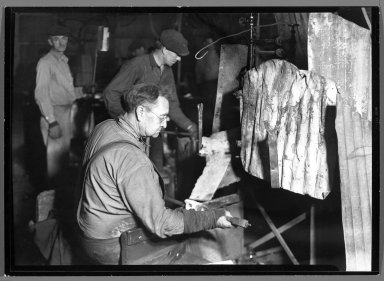 Lewis Wickes Hine (American, 1874-1940). <em>[Untitled] (Men Blowing Glass/Manufacture)</em>, 1936-1937. Gelatin silver photograph, 4 3/4 x 7 1/4 in.  (12.1 x 18.4 cm). Brooklyn Museum, Gift of the National Archives, 79.143.103 (Photo: Brooklyn Museum, 79.143.103_bw.jpg)